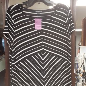 Tops - Black stripe top
